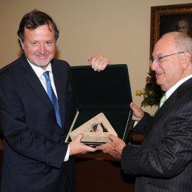 Premio Nacional de Medicina Año 2012 - Dr. Fernando Mönckeberg Barros - Pediatría y Nutrición